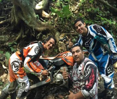 Javier Chaves Kayu Enduro and Motorcross Team Photo