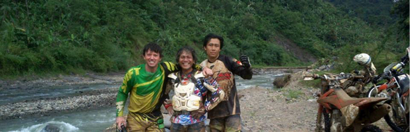 photo of Kayu Team - Motorcross Team Building Indonesia 2014 - Steve Wilson and friends