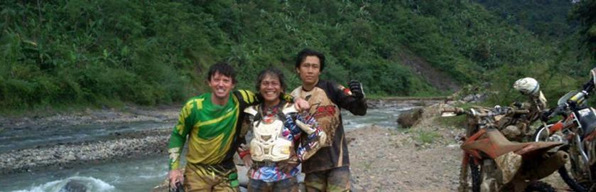 photo of Kayu Team - Motorcross Team Building Indonesia 2014 - Steve Wilson and friends