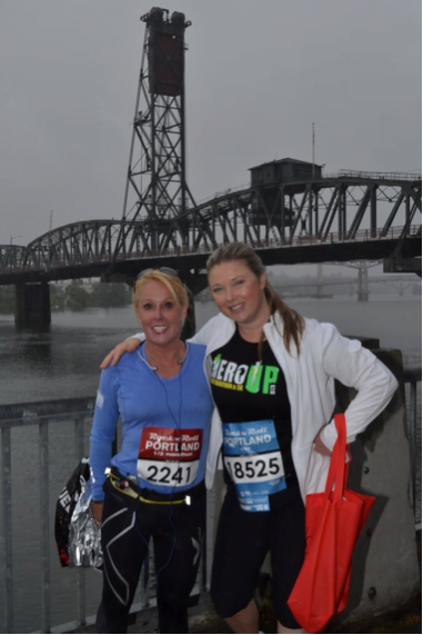 image of Robin Wilson and Natalie Smith. Portland, Oregon Rock 'n Roll Running Race.