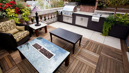 2018-02-14-kayu-intl-hardwood-deck-tiles-transitional-deck-bbq-patio-169ratio-500x282px.jpg