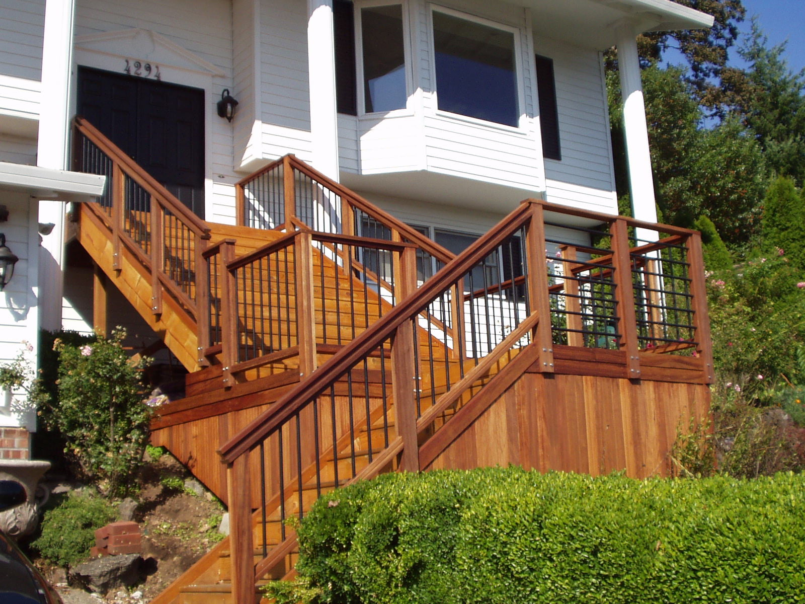 Understanding About Mahogany Dark Red Meranti Kayu Drm Decking