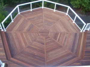 Gorgeous deck design created with 1 X 4 KAYU Siap
